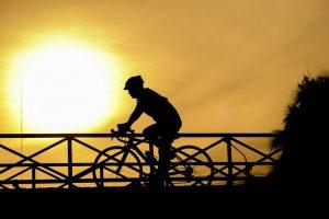 катание на велосипеде ночью
